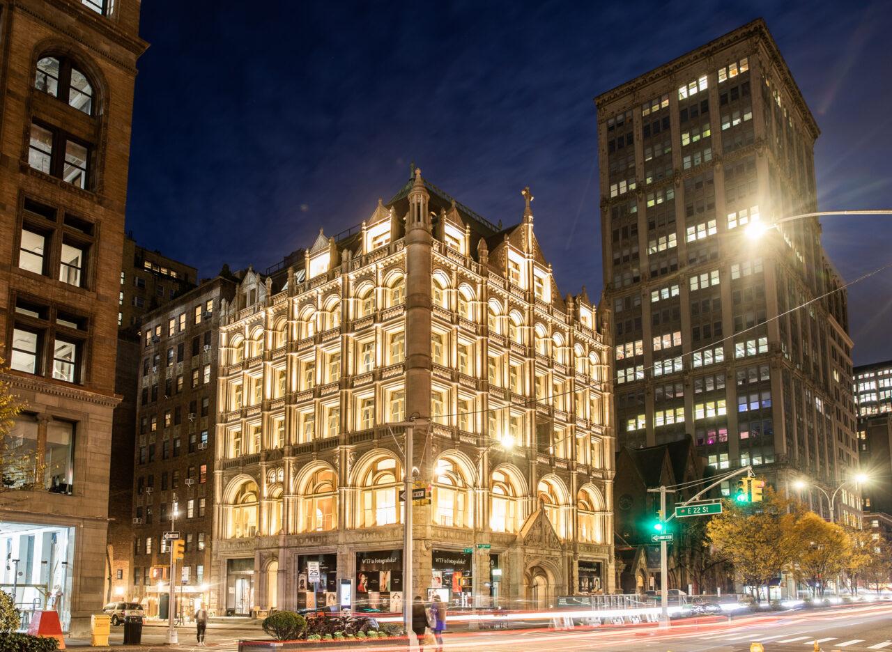 Night view of Fotografiska New York